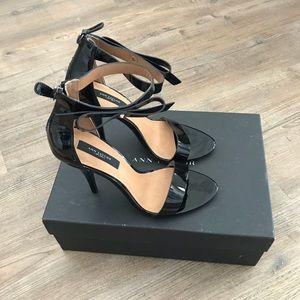 Ann Taylor Greta Bow Sandal size 7